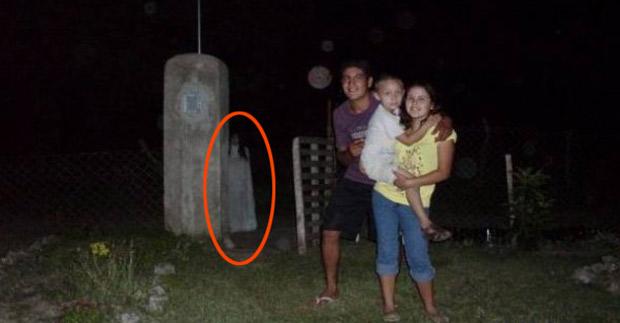 Que significa ver fantasmas vestidos de blanco
