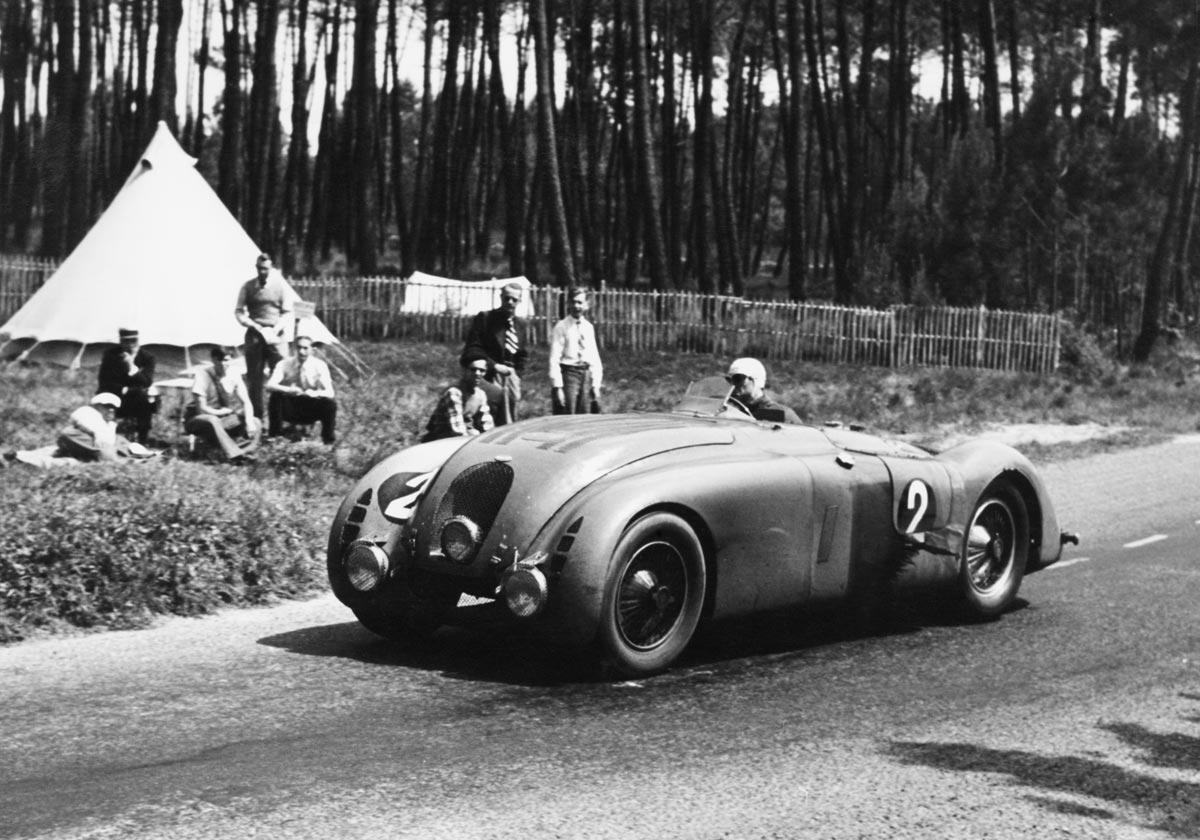 auto 1936-bugatti-type-57g-e-historic