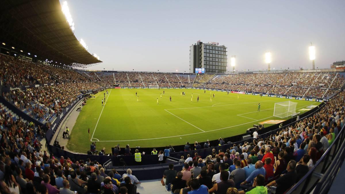 """El estadio """"Ciutat de València"""", donde hace de local el Levante en la Liga Española de Fútbol."""