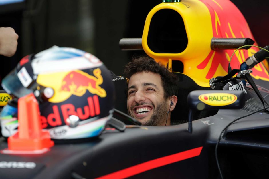 "Daniel Ricciardo gana una carrera ""regalada"" en Azerbaiján"