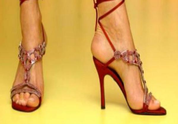 Los 10 zapatos más caros y lujosos de la historia | Accesorios y ...
