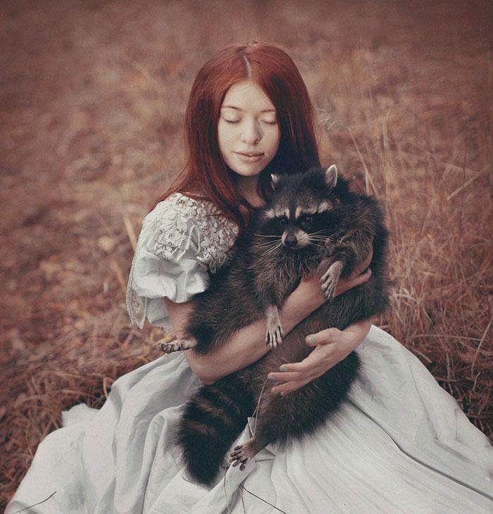 Animales salvajes y peligrosos con personas fot grafa rusa se luce con sesi n fotograf a - Animales con personas apareandose ...