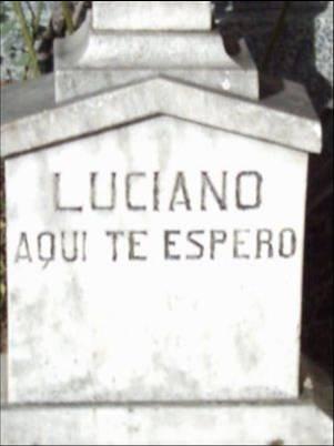 Estos 20 epitafios escritos en lápidas del cementerio te harán reír