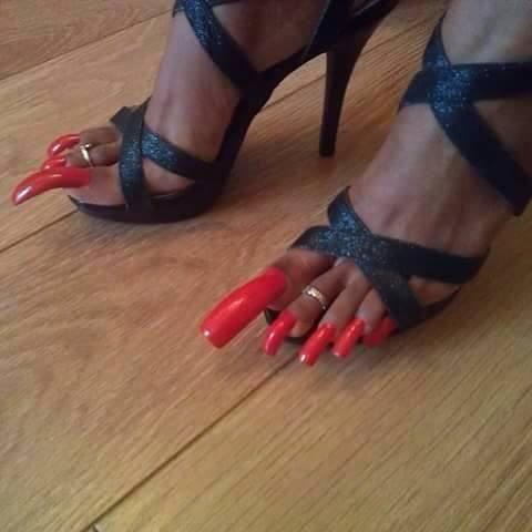 u as largas de los pies muy maquilladas fotos de la