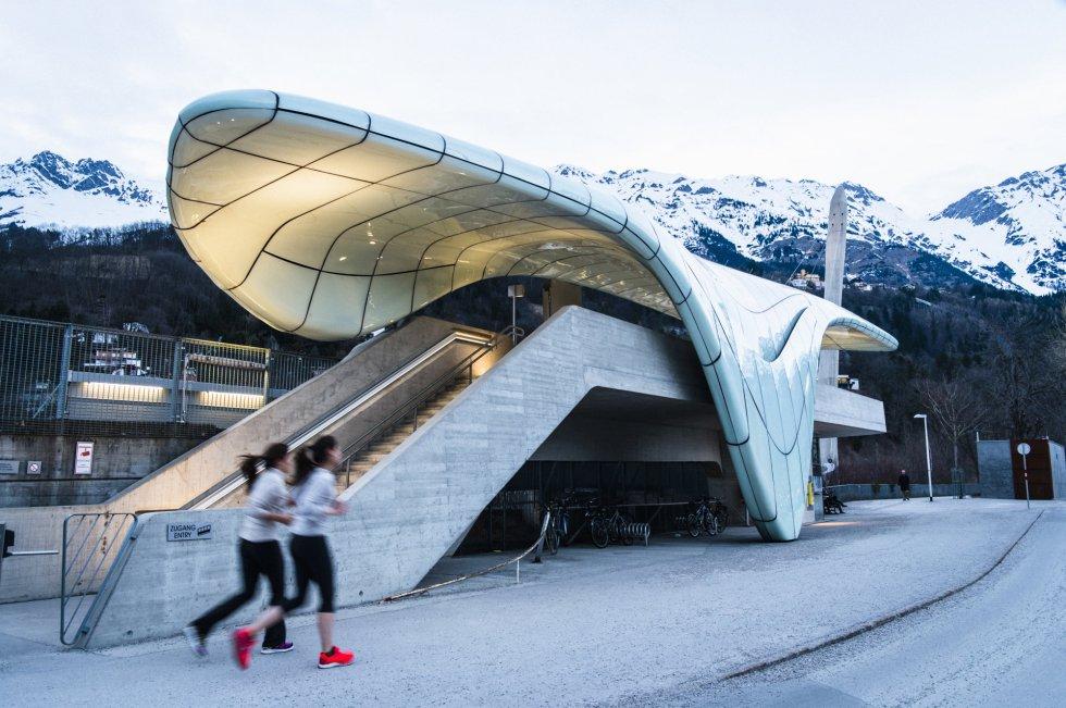 Muere Zaha Hadid Fotos De Las Obras M 225 S Impresionantes De La Estrella De La Arquitectura