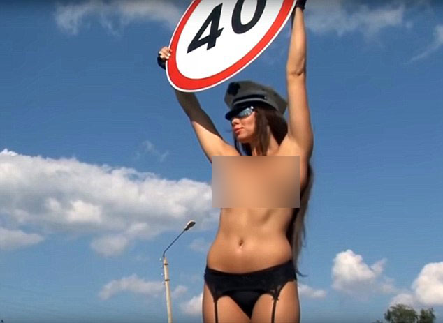 topless-accidentes-autos4