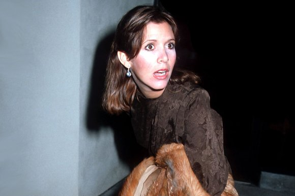 murio-carrie-fisher1