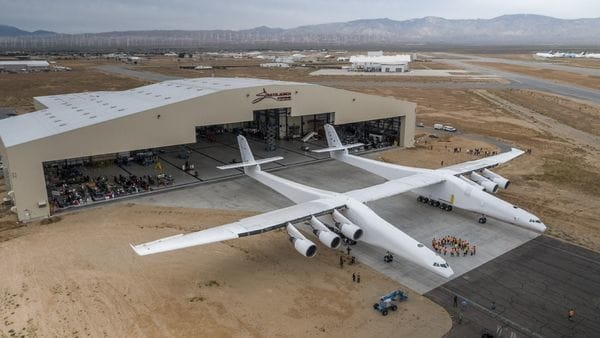 Stratolaunch Titanic aéreo