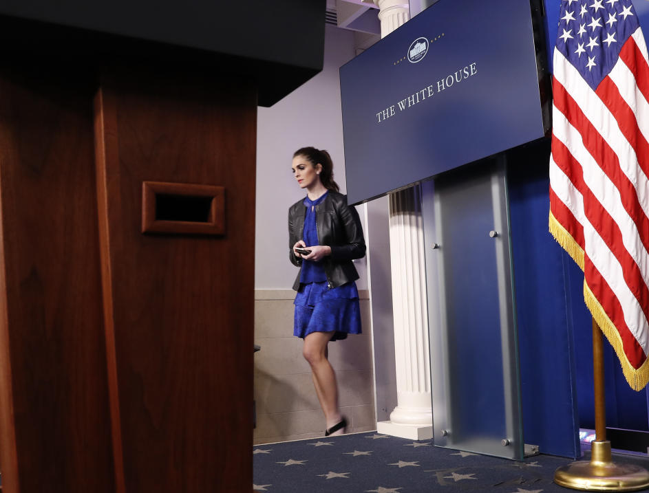 Hope Hicks Fotos