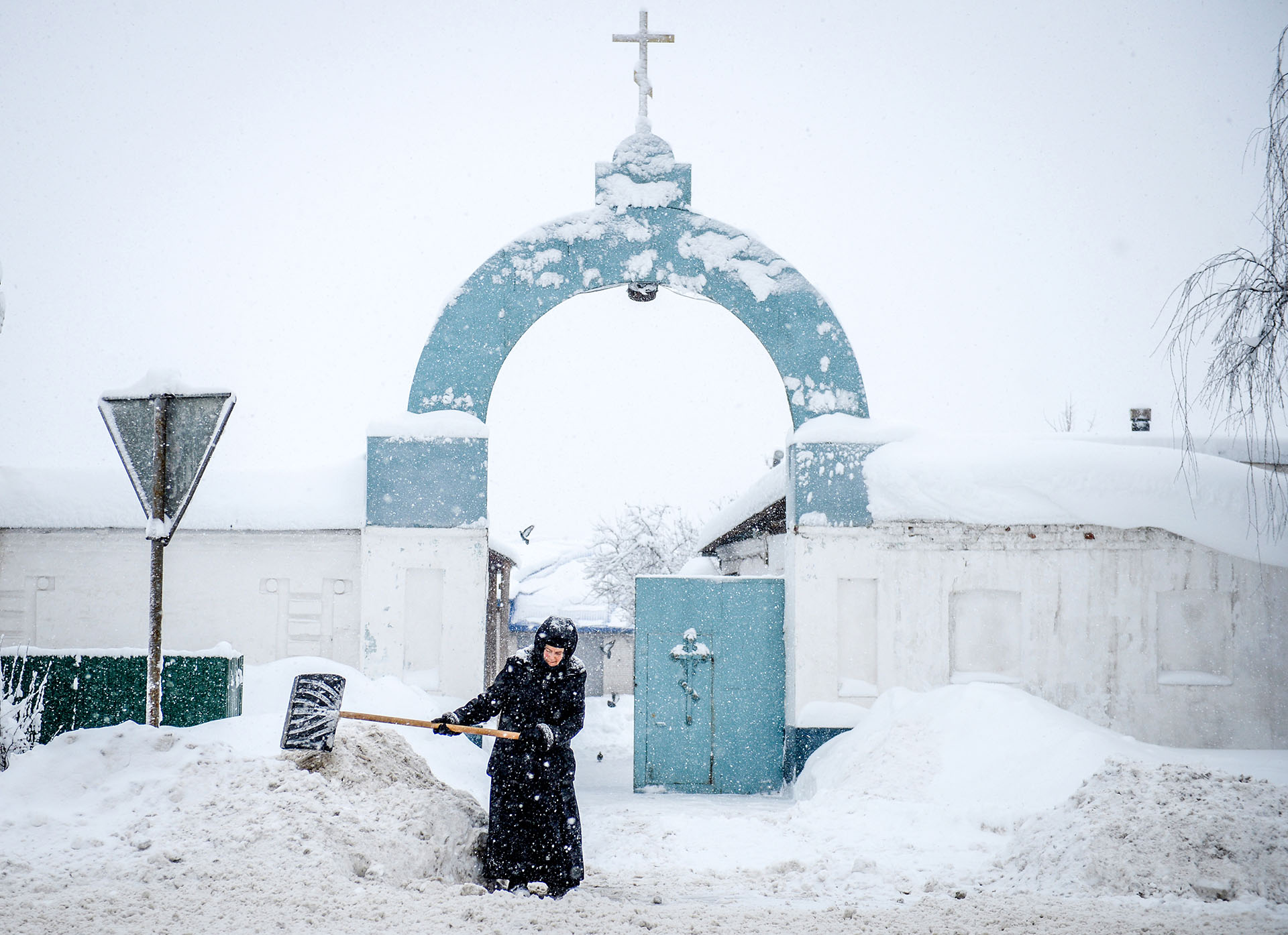 RUSSIA-WEATHER-RELIGION-FEATURE