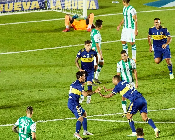 Cardona marcó un gol memorable.