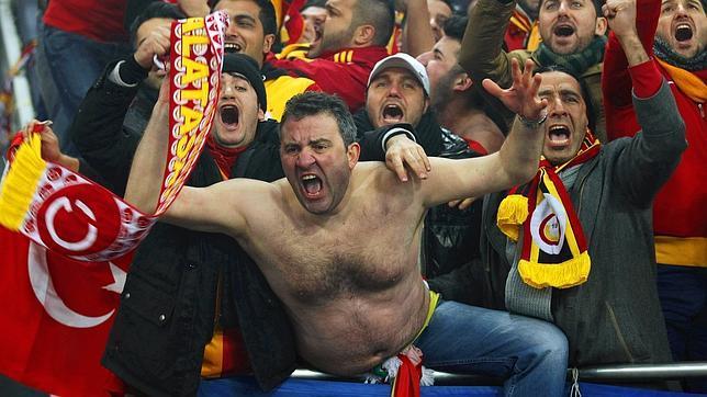 Hinchas Galatasaray Túnel