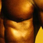 Implantes de silicona en hombres: moda para los pectorales