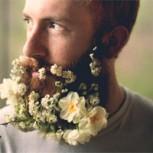 Barbas con flores: El último y desopilante grito de la moda entre los hombres rudos