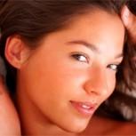 Mujeres infieles eligen a su amante por su físico y vigor, según encuesta de infidelidad
