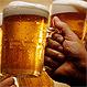 20 fotos que muestran que la relación hombre-cerveza es definitiva y para toda la vida