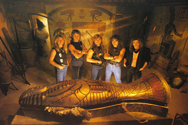 Powerslave de Iron Maiden, su disco favorito.