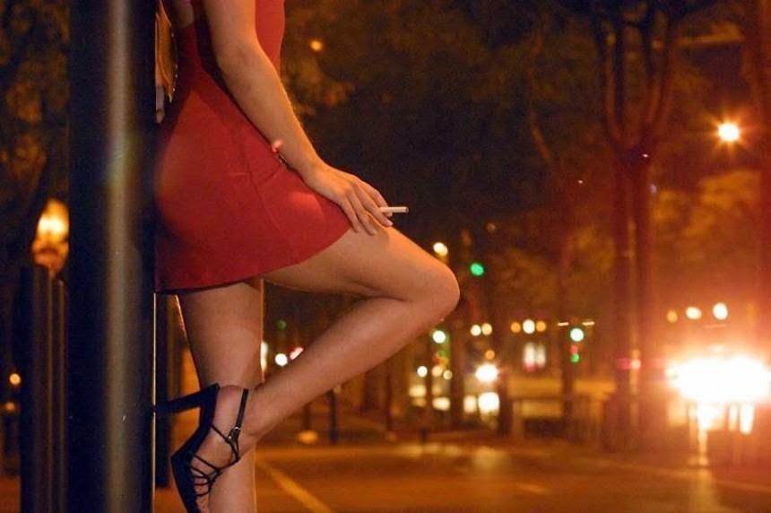trabajo legal e ilegal videos de prostitutas follando en la calle