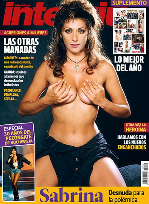Sabrina Salerno Se Desnuda Para Conmemorar Famoso Topless De Hace 30