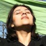 Mujeres iraníes y sus fotografias sin velo: Su comentada protesta en redes sociales