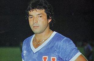 """Sandrino Castec: El recordado """"Bombardero"""" que conquistó a la hinchada azul"""