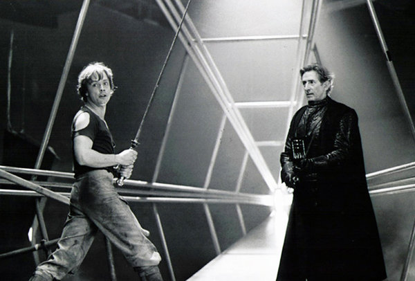 Mark Hamill (Luke Skywalker) y David Prowse (Darth Vader).