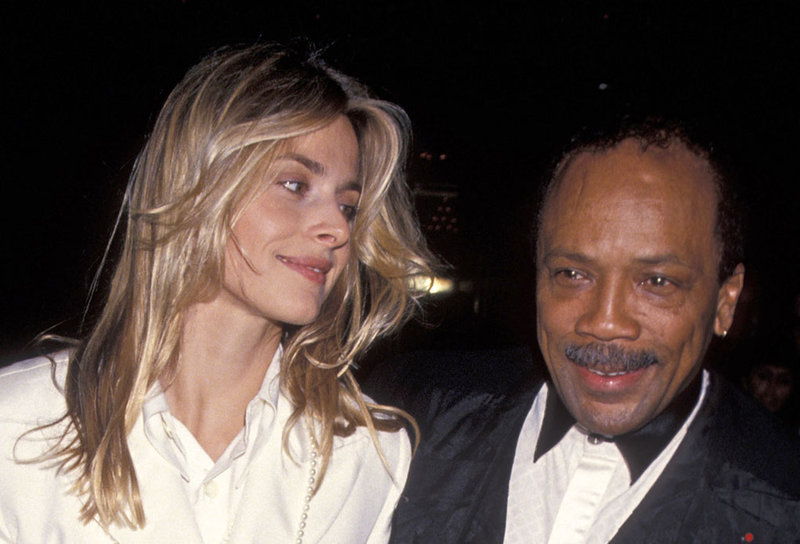 Natassja Kinski junto al productor Quincy Jones.