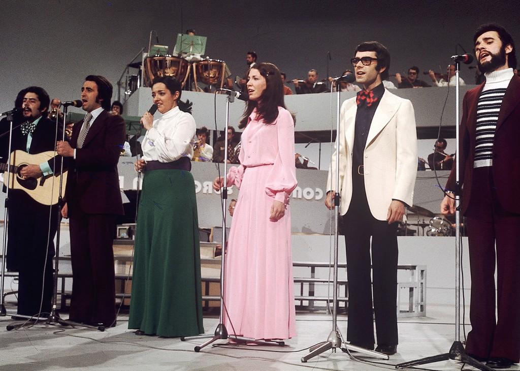 El grupo Mocedades durante su participación en el Festival de Eurovisión en 1973.