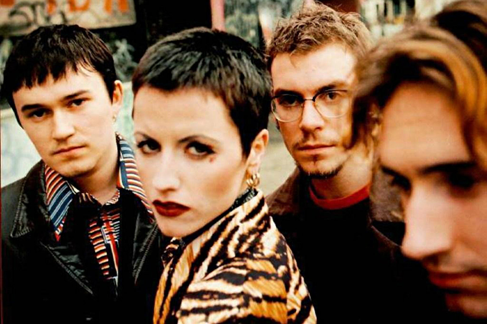 The Cranberries-1996-slide
