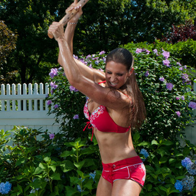 stephanie-mcmahon-workout-photos-06-400x400