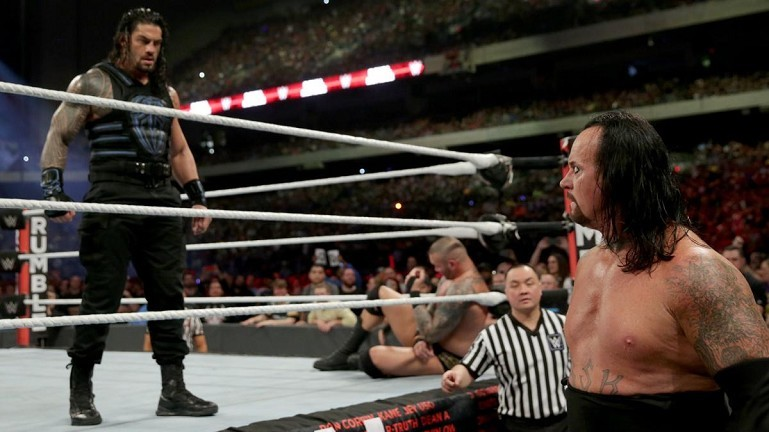 Unddertaker eliminado por Roman Reigns en Royal Rumble.