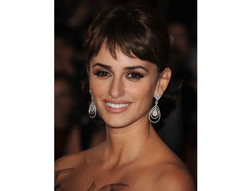 Penelope-Cruz-at-the-Pirates-of-the-Caribbean-Premiere-5.7.2011-640x4801