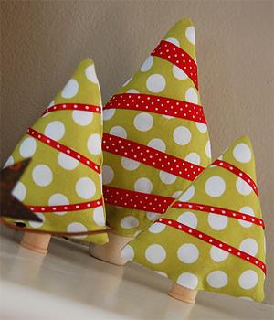 Ideas para navidad mini arbolitos de tela manualidades - Manualidades de navidad en tela ...
