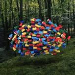 Esculturas ilusorias de objetos flotantes