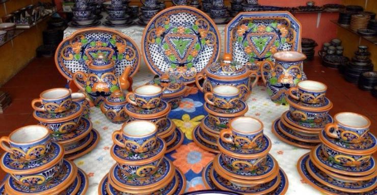 Cer mica de talavera cuando el color se toma la vajilla manualidades y artesan a - Platos ceramica colores ...