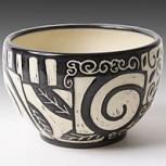 Jennifer Falter hace vasijas de porcelana que disfrutaremos mirando