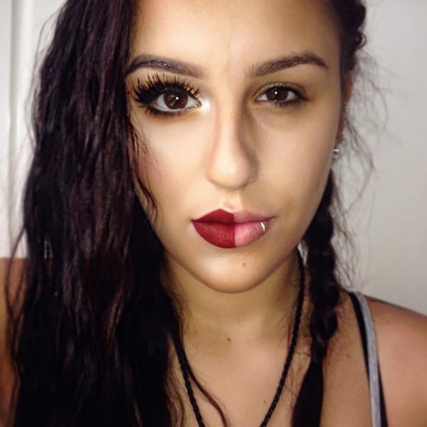 Nueva Moda En Instagram Maquillarse Sólo La Mitad De La Cara Por