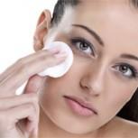 8 razones que harán que nunca vuelvas a dormir sin quitarte el maquillaje