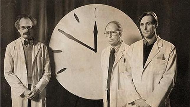 Resultado de imagen para Reloj del Juicio Final 1947
