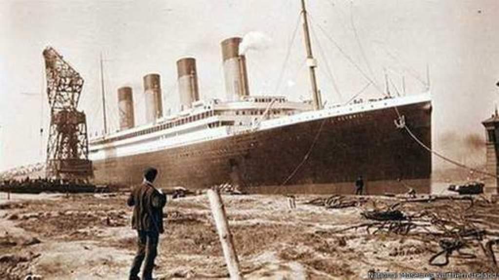 Titanic historia