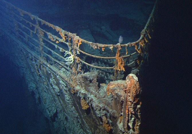 Titanic under the sea