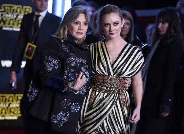Carrie Fisher y su hija Billie Lourd. DESACIERTO
