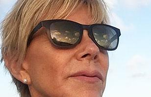 Raquel Argandoña publica fotos de su viaje a Aruba: A sus 58 años posa con llamativo bikini