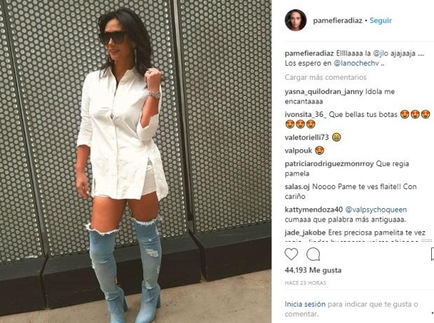 a9509e6217 Pamela Díaz copió el look de Jennifer Lopez  Seguidores de