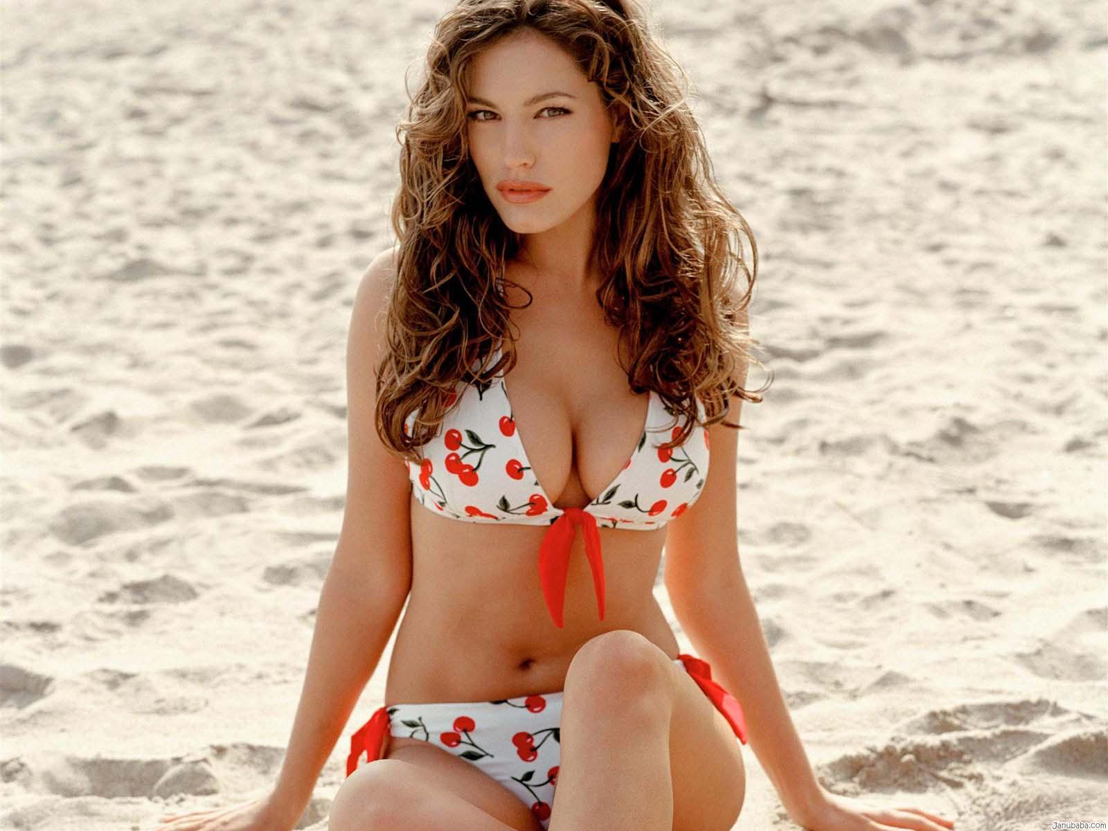 Kelly Brook Medidas