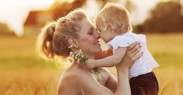 Estudio: Madres que exponen a hijos en redes sociales podrían verse afectadas
