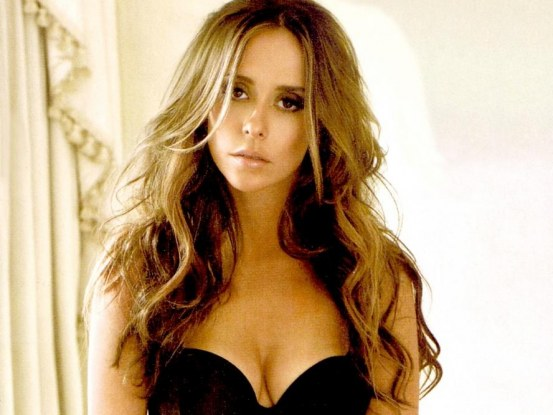 jennifer-love-hewitt-hero-161827966