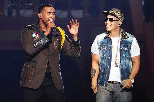 don-omar-performs-with-daddy-yankee-2013-billboard-650