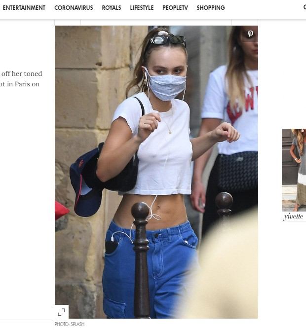 Lily-Rose Depp, captada en París con su abdomen tonificado / Captura people.com