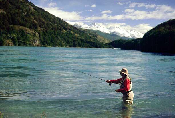 Río Baker, en la Patagonia Austral, es un destino destacado para la pesca con mosca